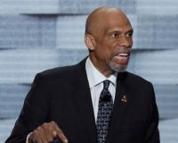 Kareem Abdul-Jabbar Blames 'White America' for NFL's Rejection of Colin Kaepernick