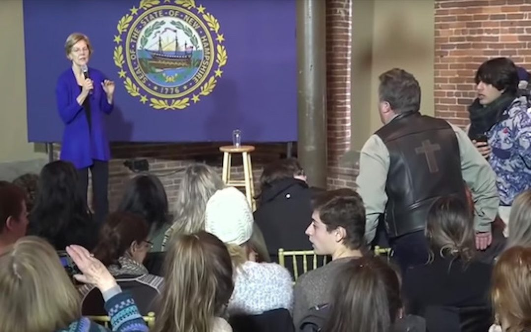 Angry Protester Asks Elizabeth Warren 'Why Are You Siding With Terrorists?'