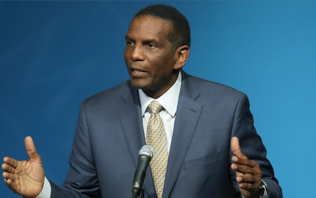 Former NFL Star Burgess Owens Slams League For Playing Footsie With Colin Kaepernick