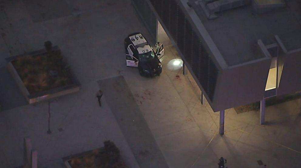 LA county deputies ambushed