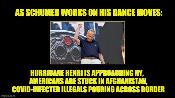 Chucky Schumer's dance moves
